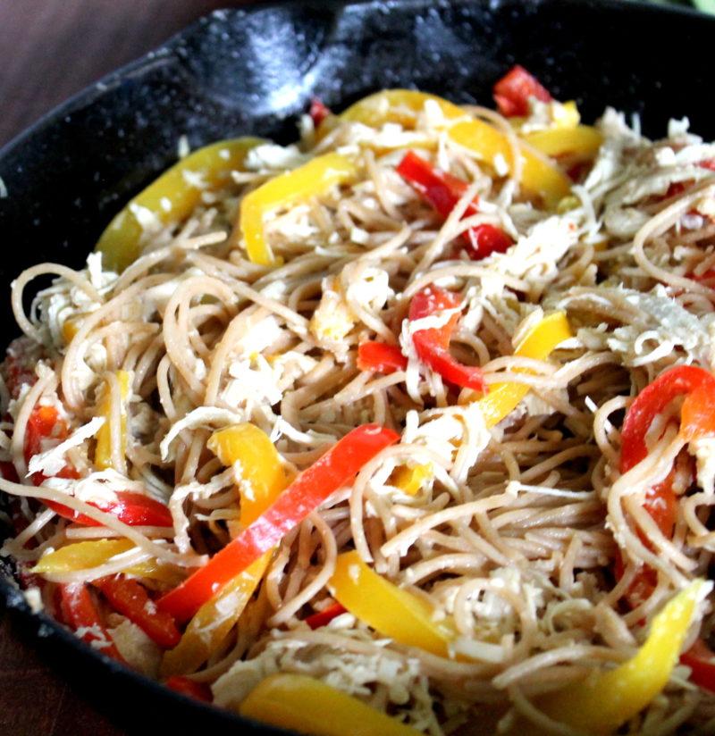 Garlic Parmesan Chicken & Peppers Pasta