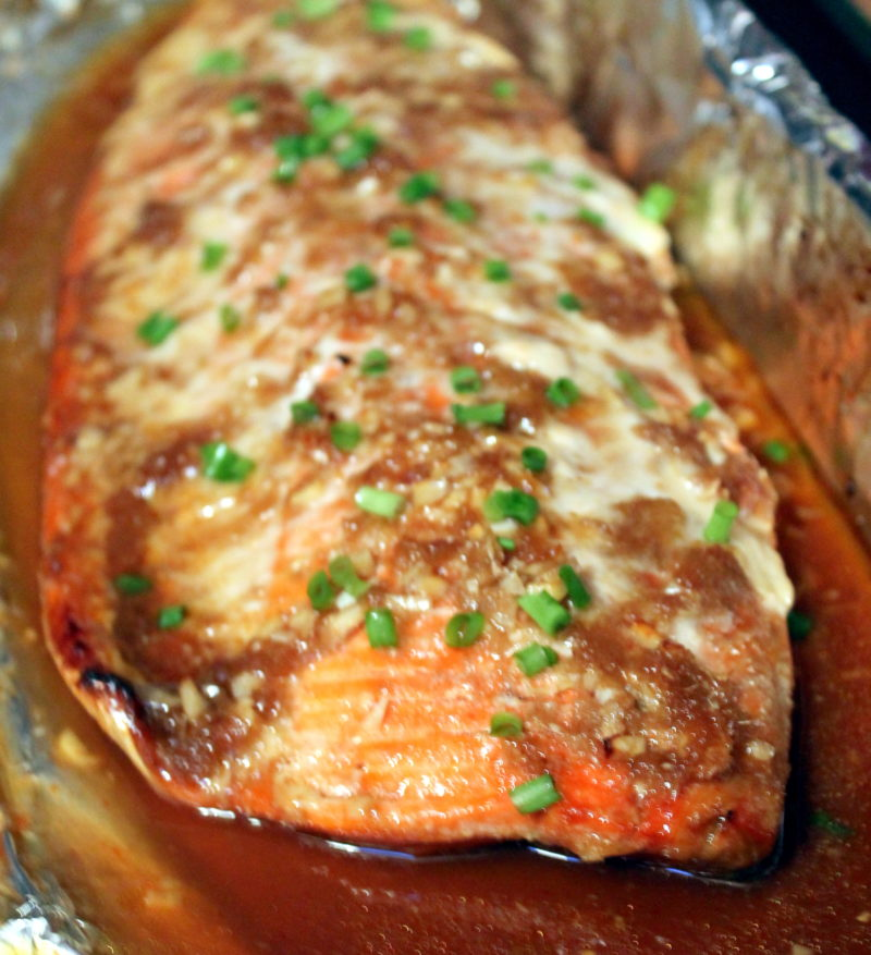 Thai Glazed Salmon in Foil that comes together in minutes with fresh ...