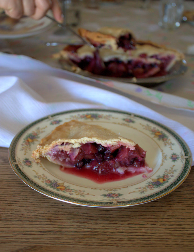 Berry Rhubarb Pie Recipe